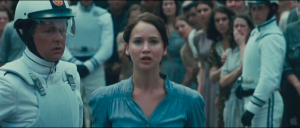 http://hungergamesdwtc.net/2011/11/theatrical-debut-of-the-hunger-games-trailer-met-with-applause/